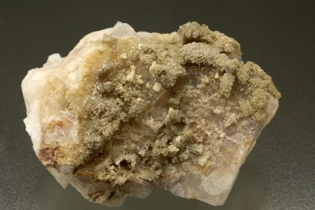 Hemimorphite on Fluorite