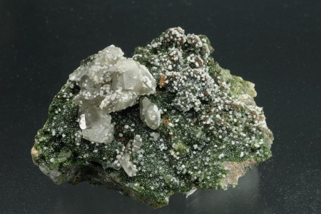 Smithsonite & Cerussite
